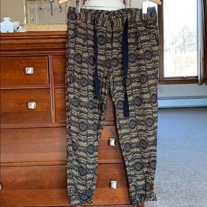 Free People tapered pants - size 6.